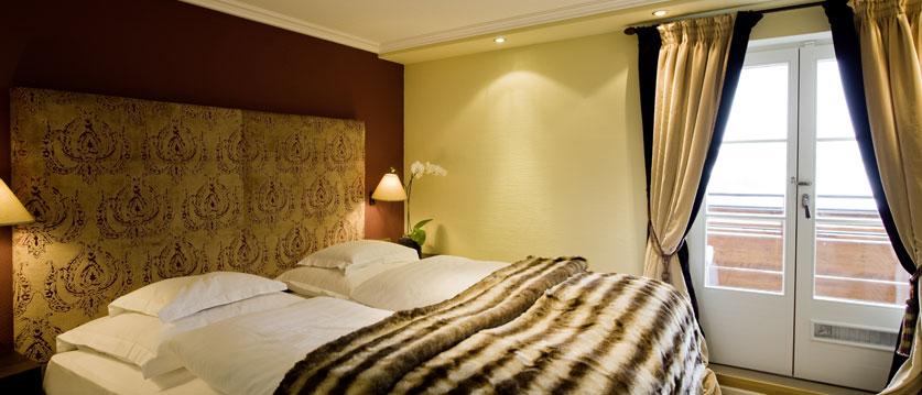 austria_arlberg-ski-area_lech_Hotel-Berghof_arlberg_bedroom1.jpg